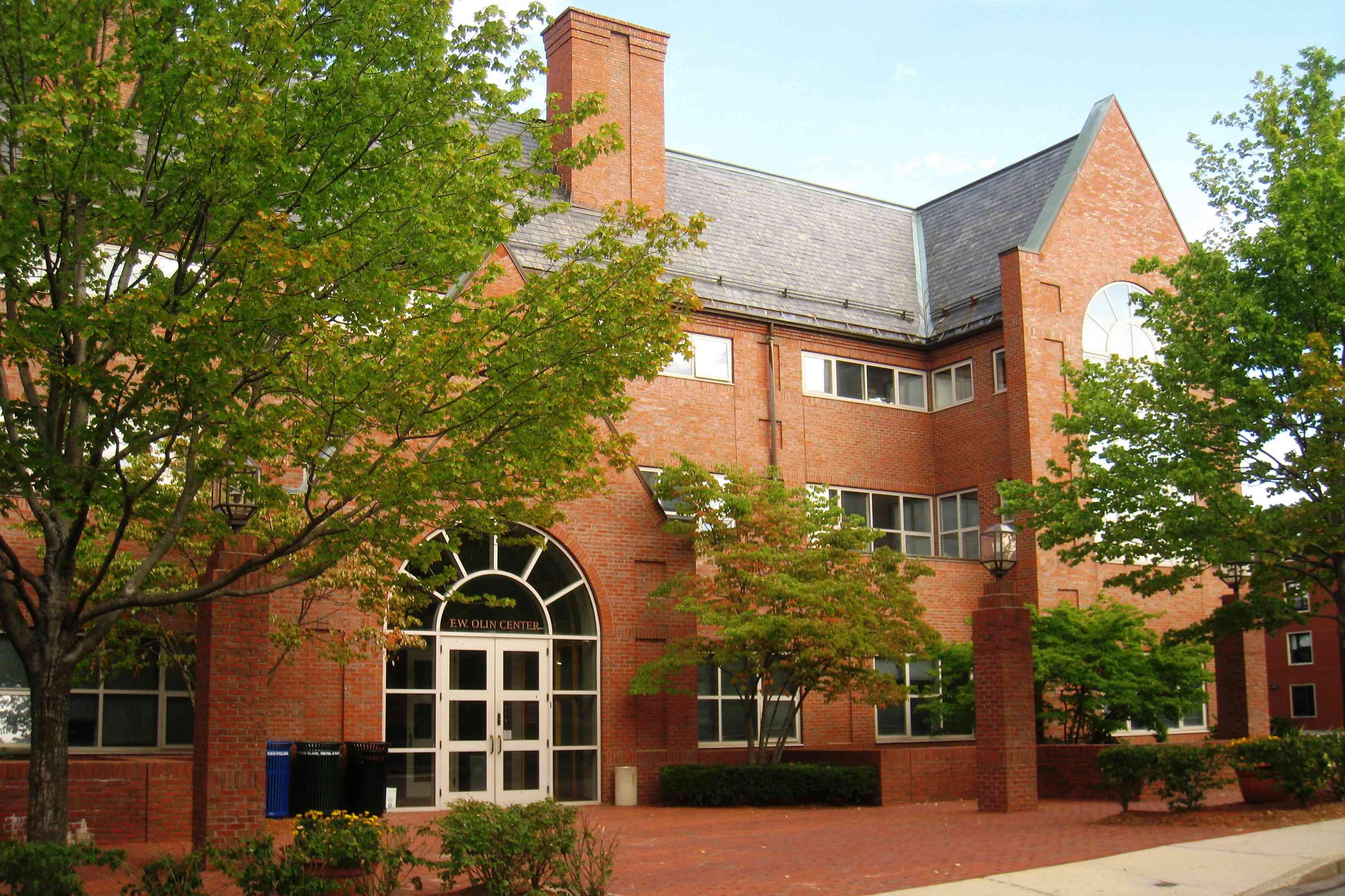 Tufts University Olin Center
