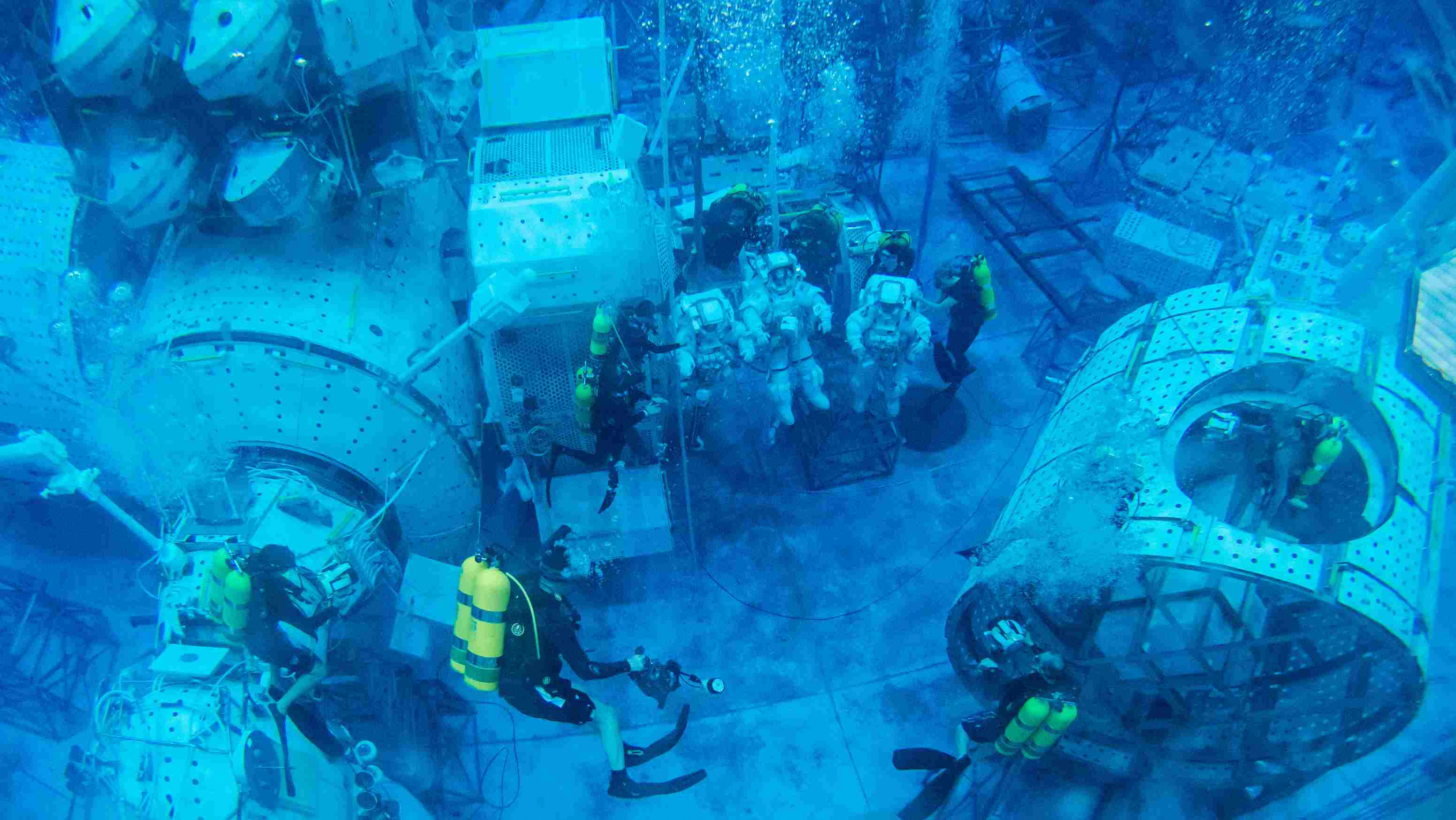 nasa underwater training - 1200×675