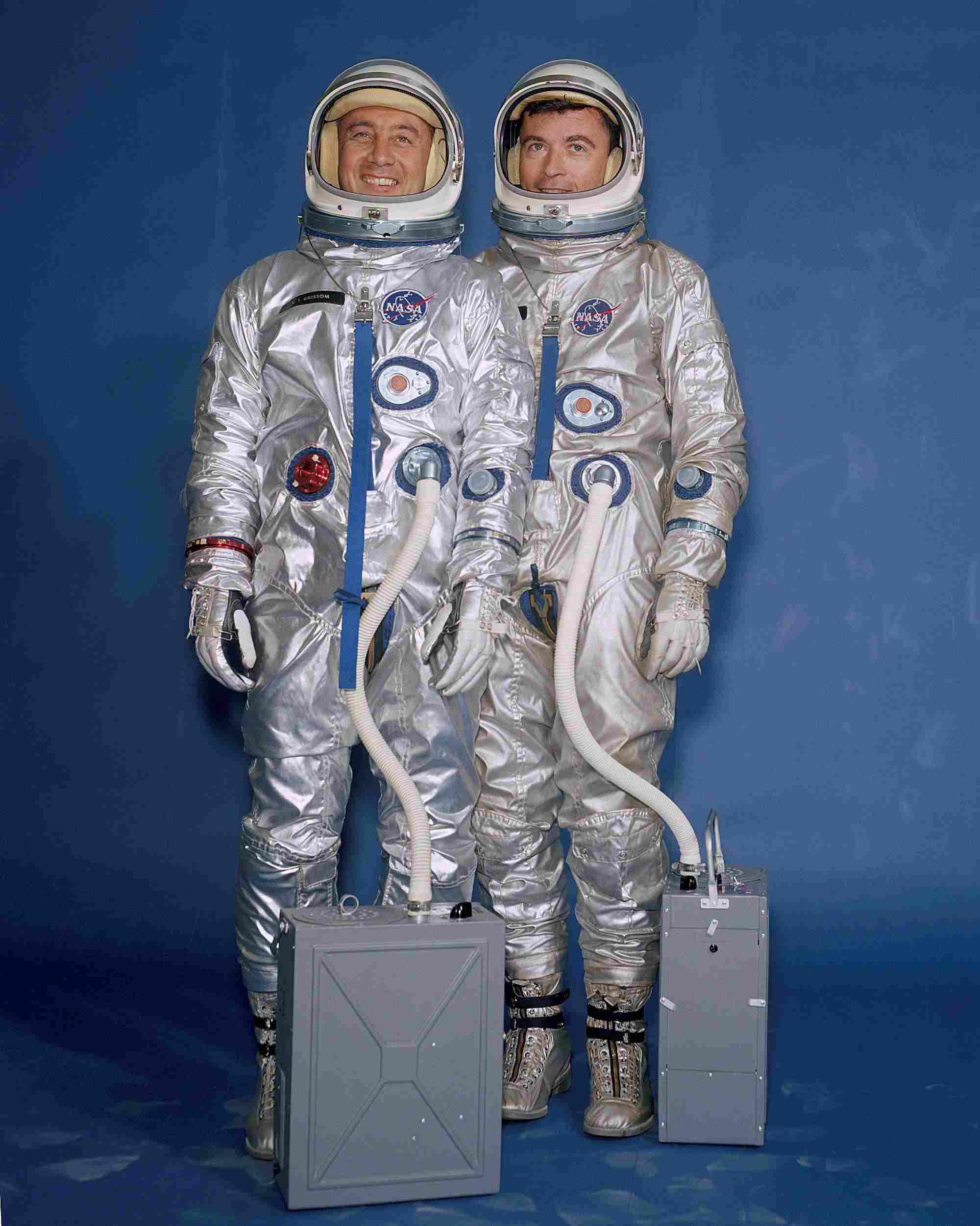 Gemini astronauts in full pressure suits