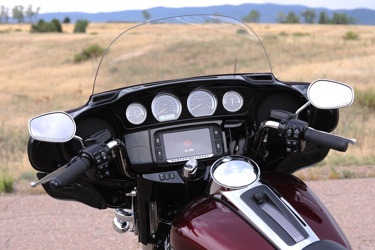 Review: 2014 Harley-Davidson FLHTK Ultra Limited