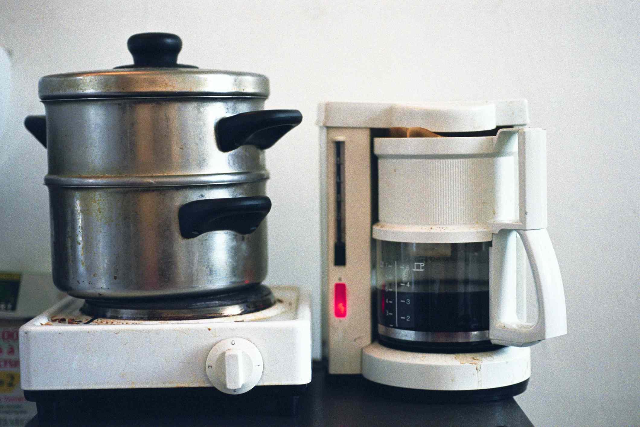 Hot plate an coffee maker