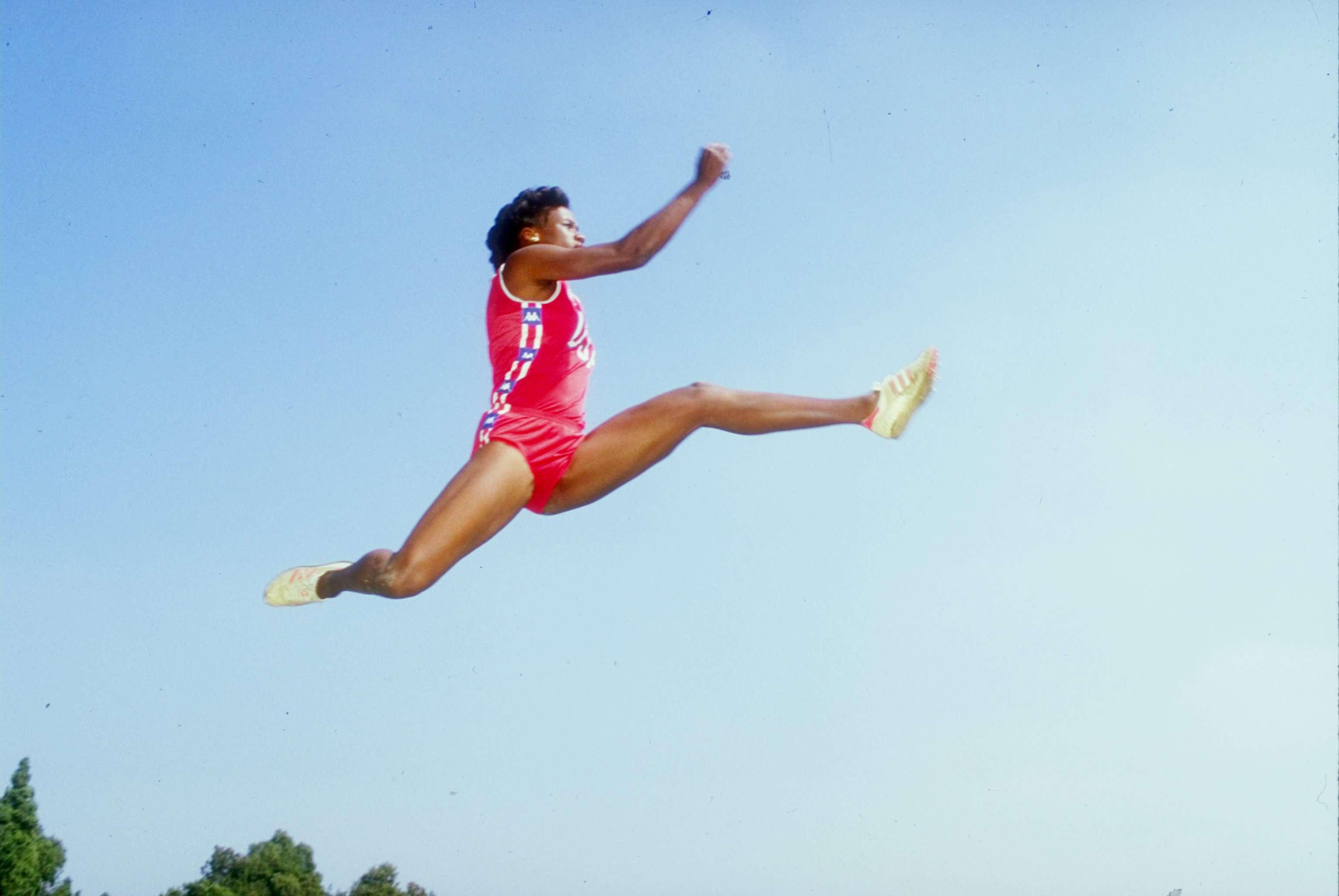 Jackie Joyner-Kersee - Long Jump
