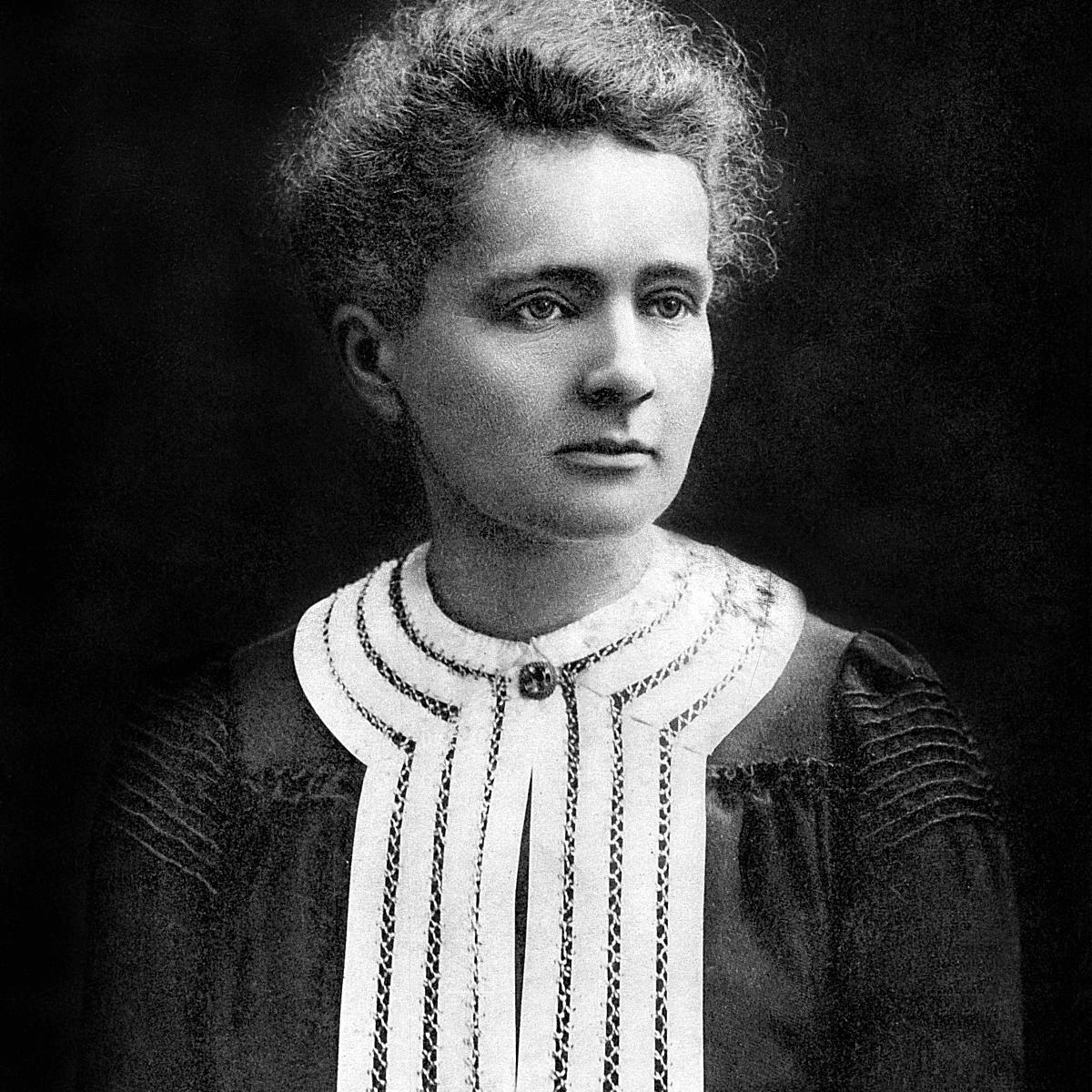 Marie Curie in Nobel Prize portrait, 1903
