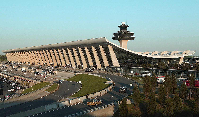 Dulles International Airport by Eero Saarinen