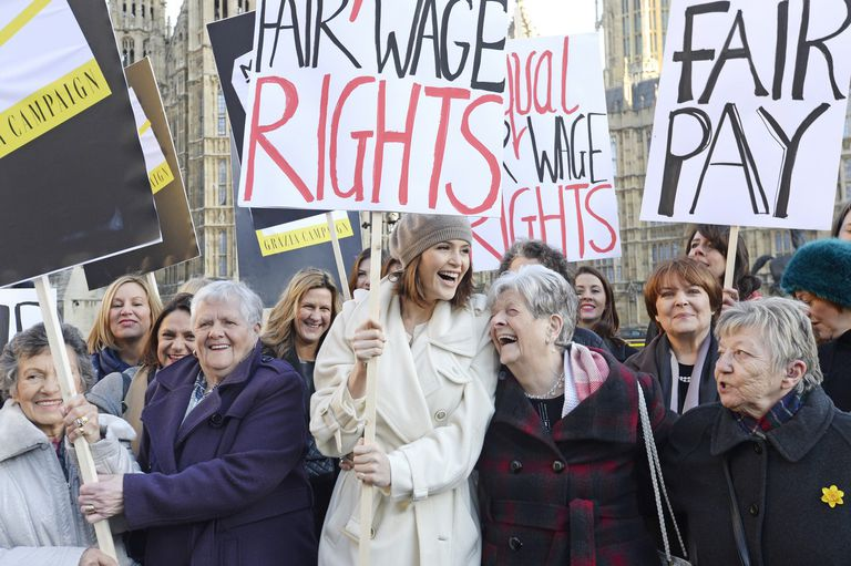 Women Rally for Equal Pay