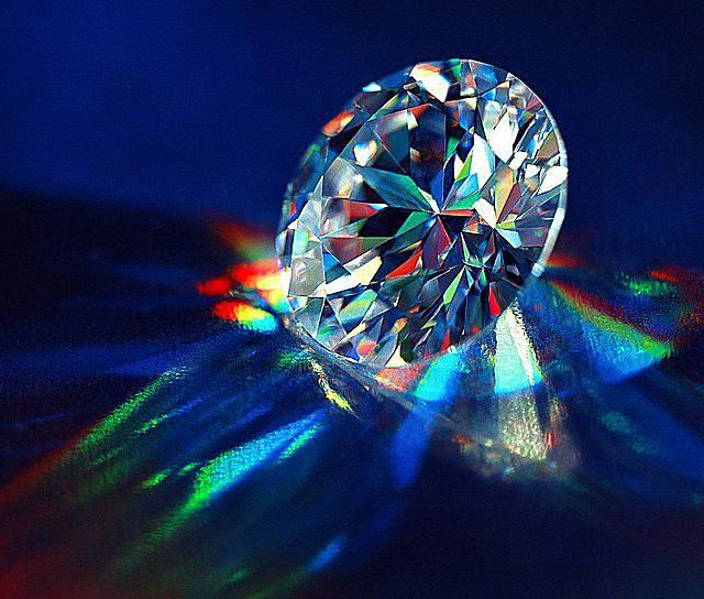 This is an AGS ideal cut diamond from Russia (Sergio Fleuri).