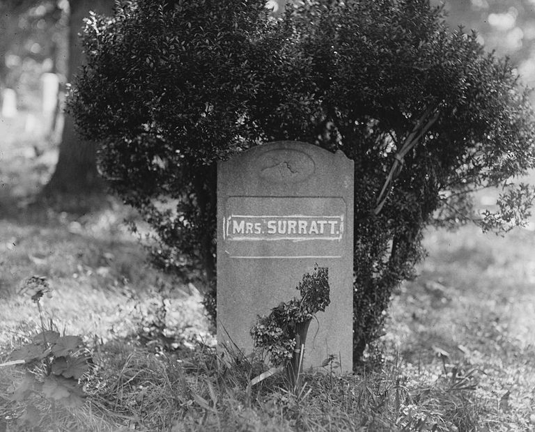 Mary Surratt grave