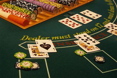 Poker blackjack billiards puzzle strip