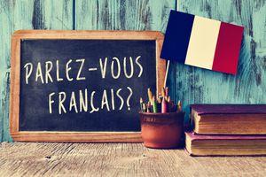 French writing on chalkboard
