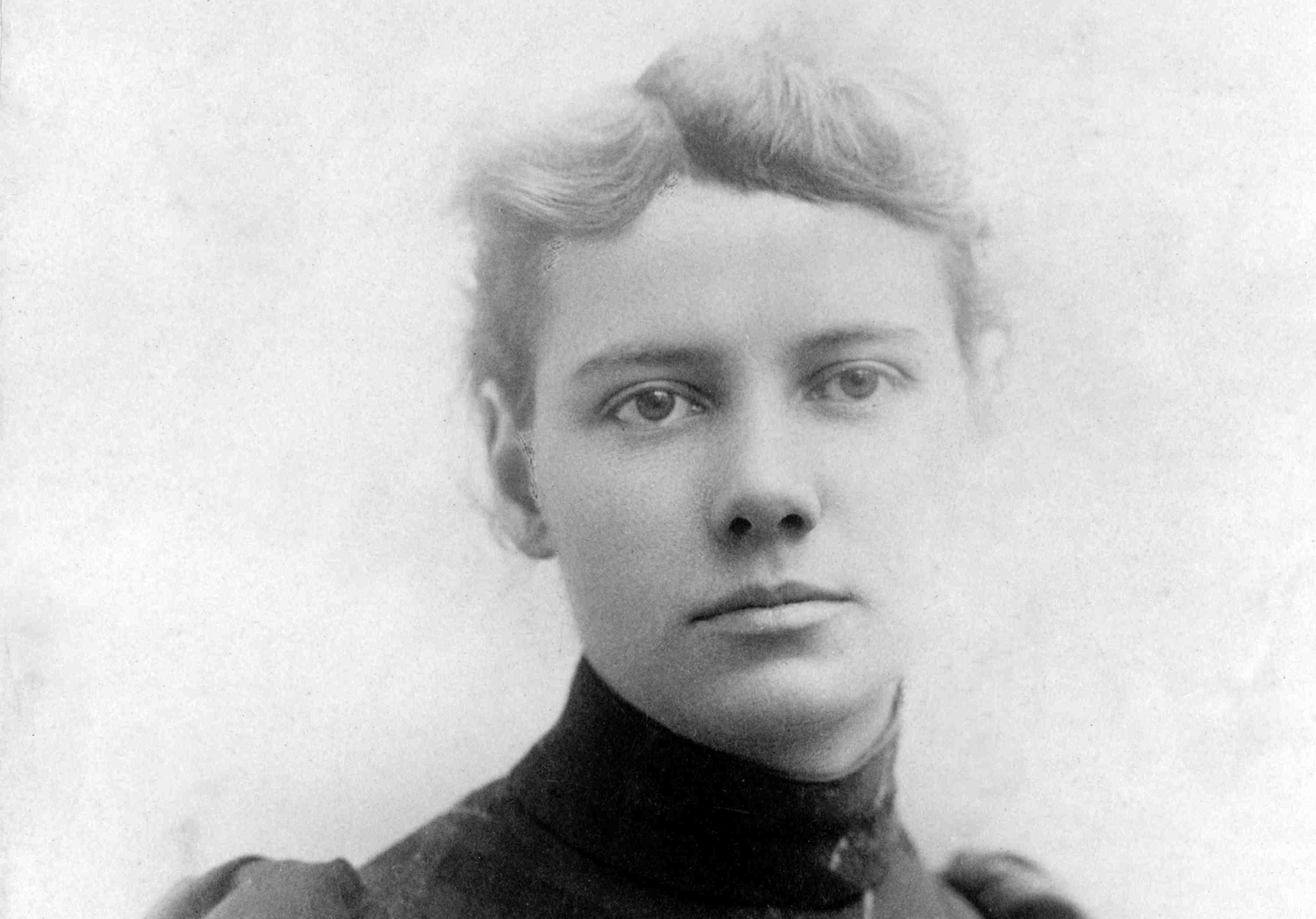 Photographic portrait of Elizabeth Cochrane, who used the newspaper byline Nellie Bly