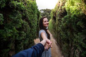 Couple in Barcelona maze