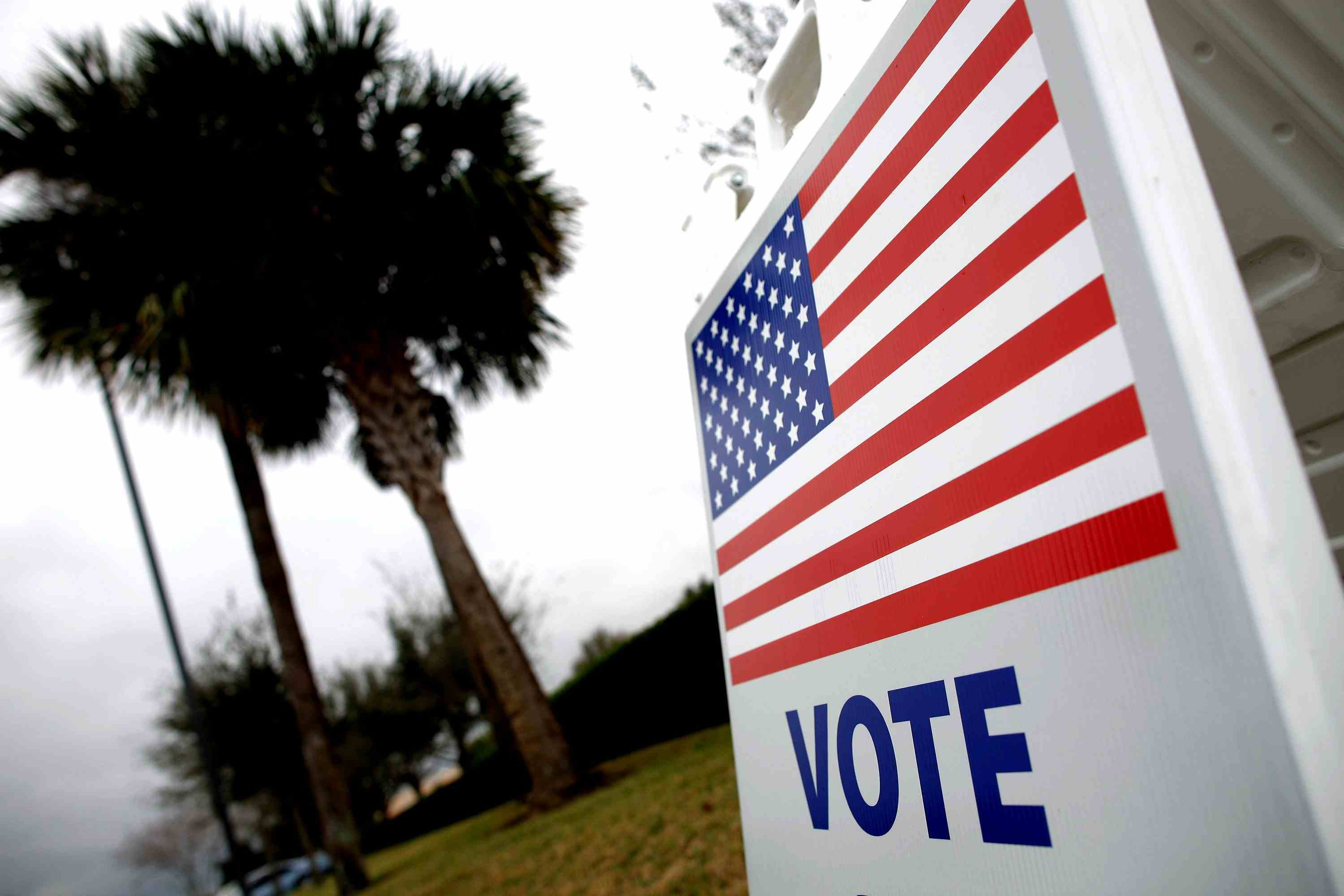 A sign instructs Floridians on where to vote in the 2012 primary