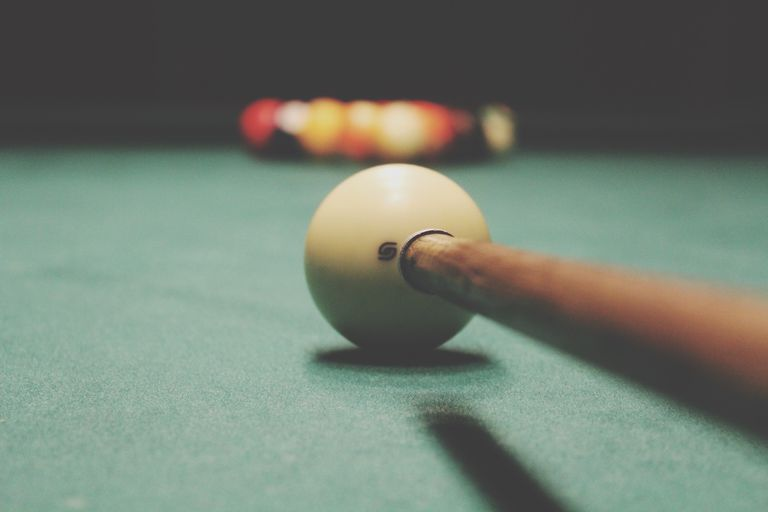 Top Mistakes Made Using Pool English - How many balls on a pool table