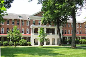 Hollins College