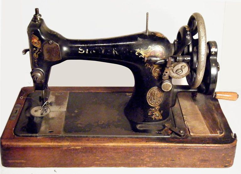 Sewing Machines Believed To Contain Red Mercury Inspiration How To Use A Old Sewing Machine