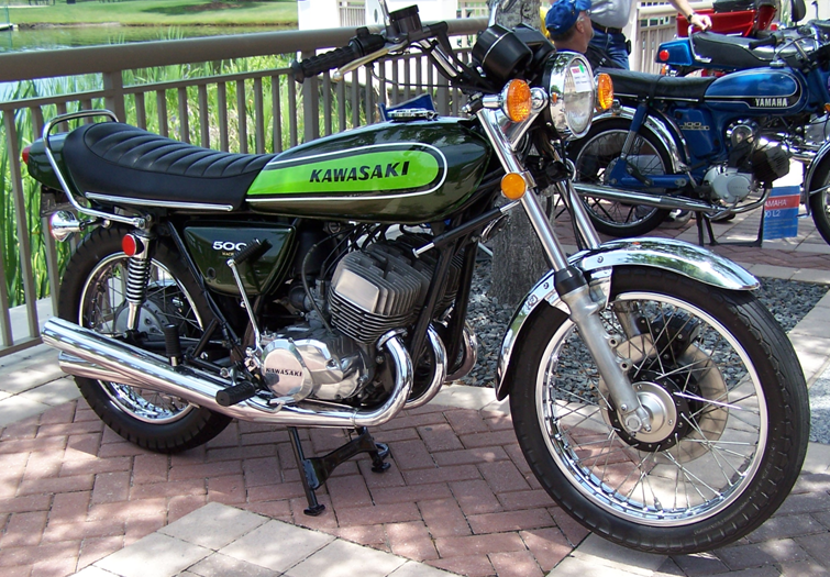 The Kawasaki Triples, Clic Motorcycles