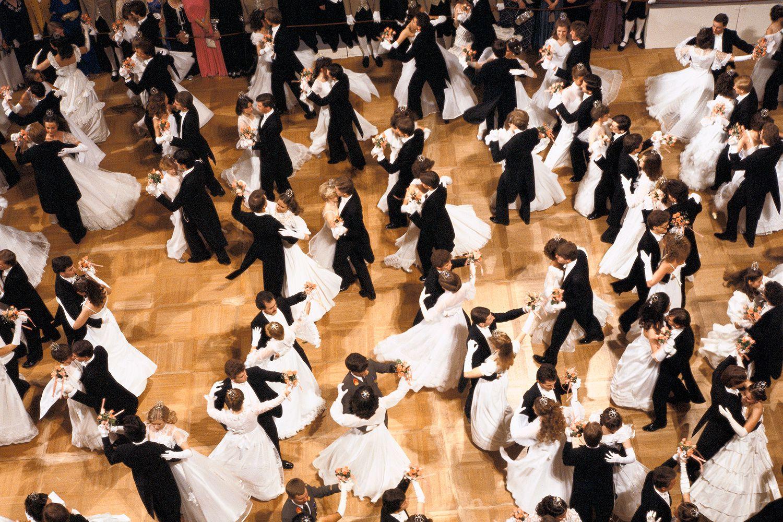 Twelve Types Of Ballroom Dances Waltz Dance Steps Diagram