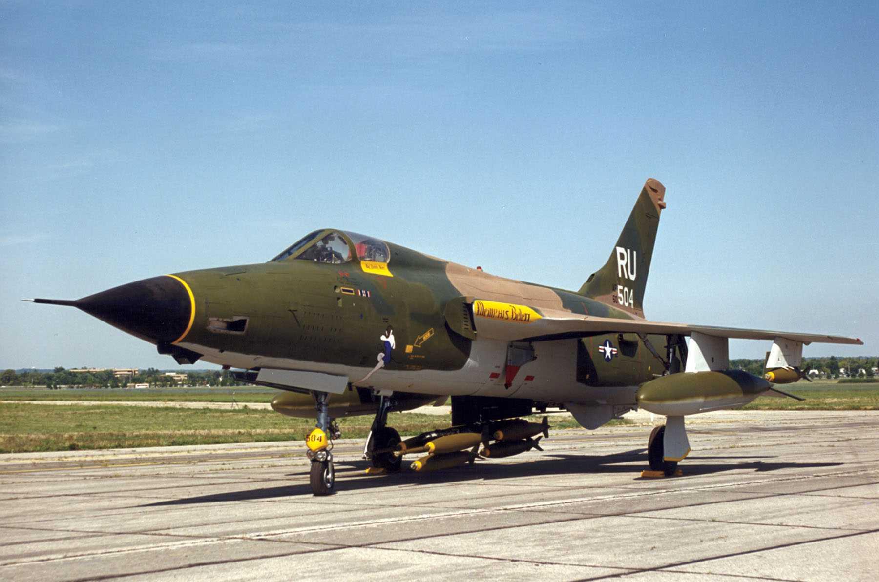 f-105-large.jpg