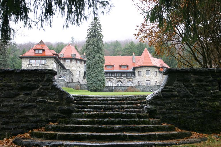 The Everett mansion at Southern Vermont College