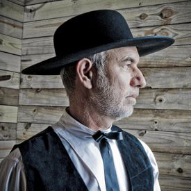 Amish Preacher-Do the Amish speak German