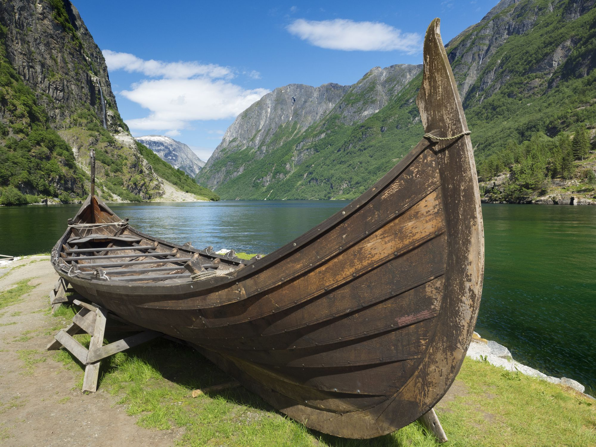 картинки лодка викингов почтовый код