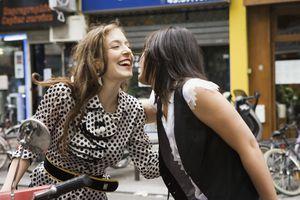french cheek kiss greeting