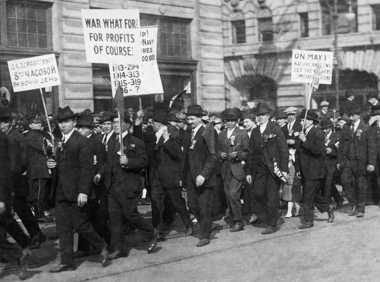 Antiwar protesters in 1916