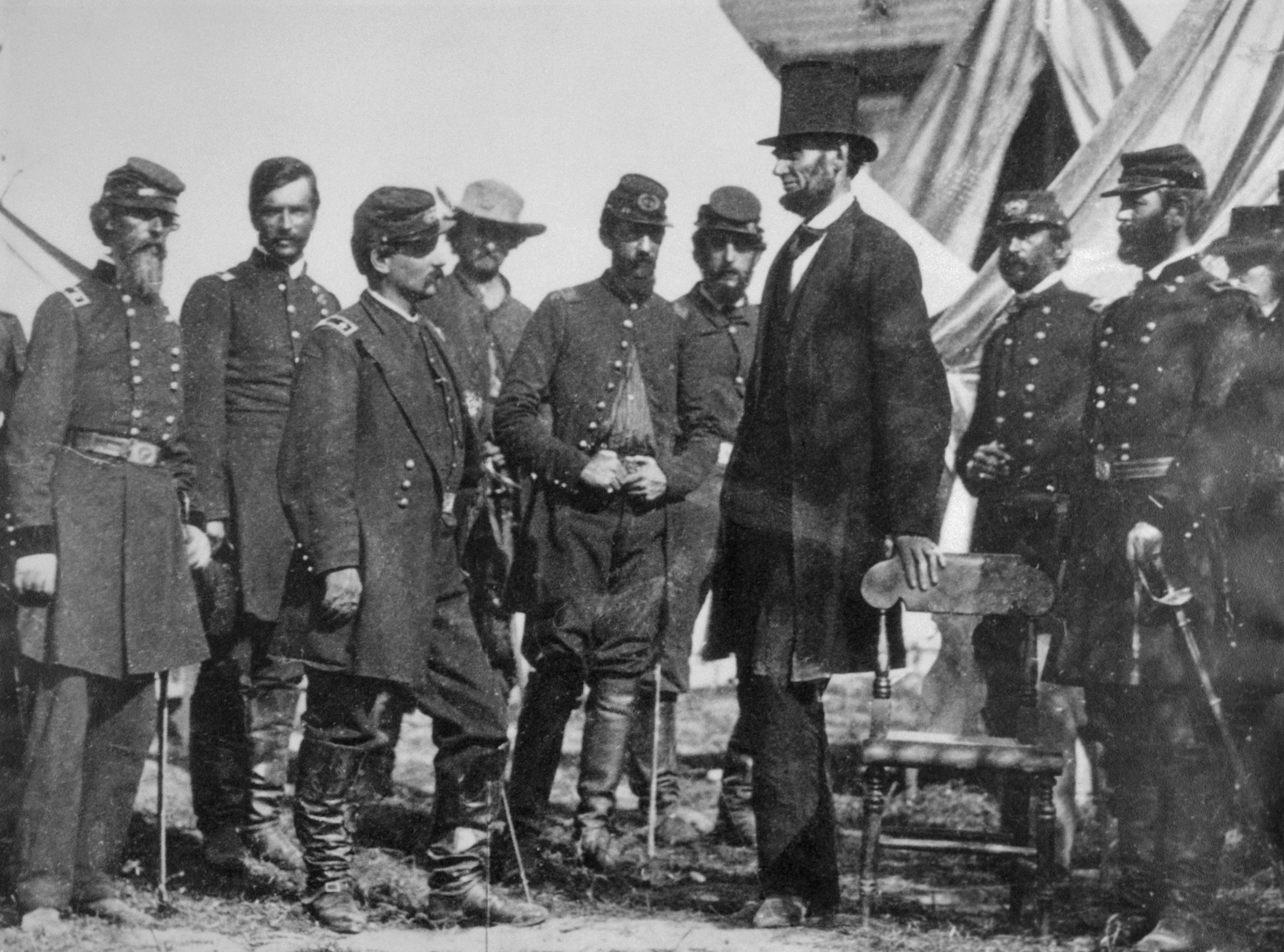 Abraham Lincoln with Civil War generals.