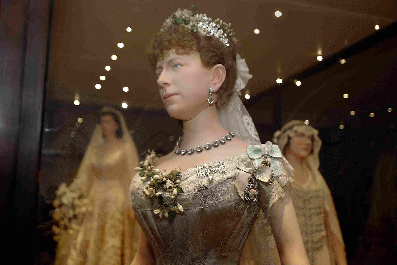 メアリーオブテックのウェディングドレス1893