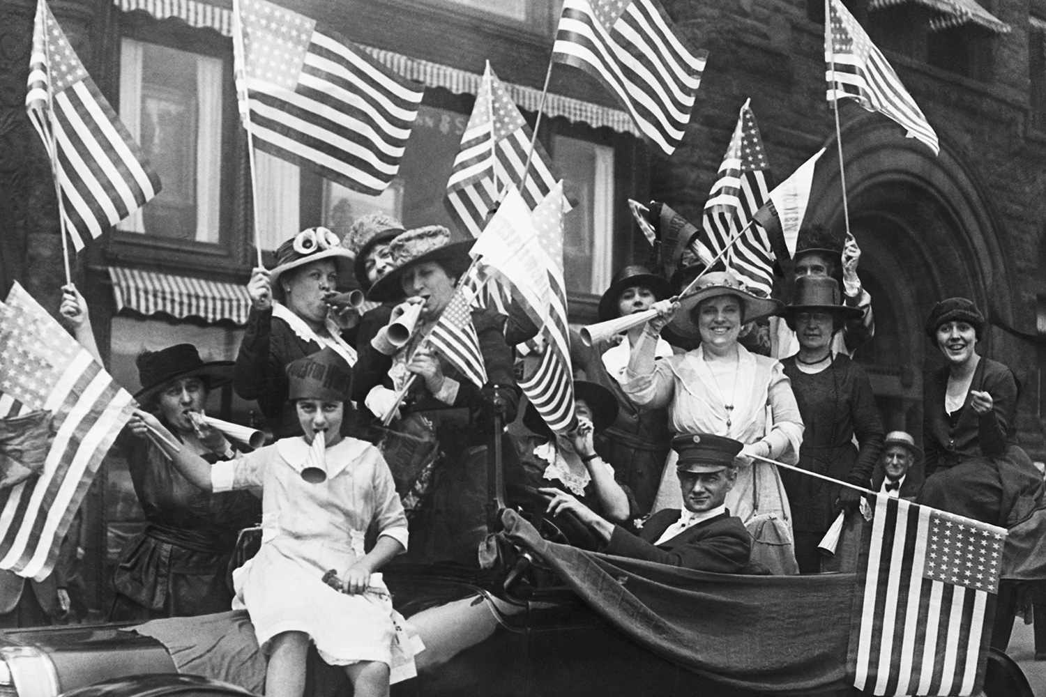 history and timeline of the roaring 20s