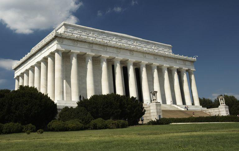 famous limestone buildings - 768×486