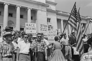 Protesters opposed integration on the steps of the state capitol
