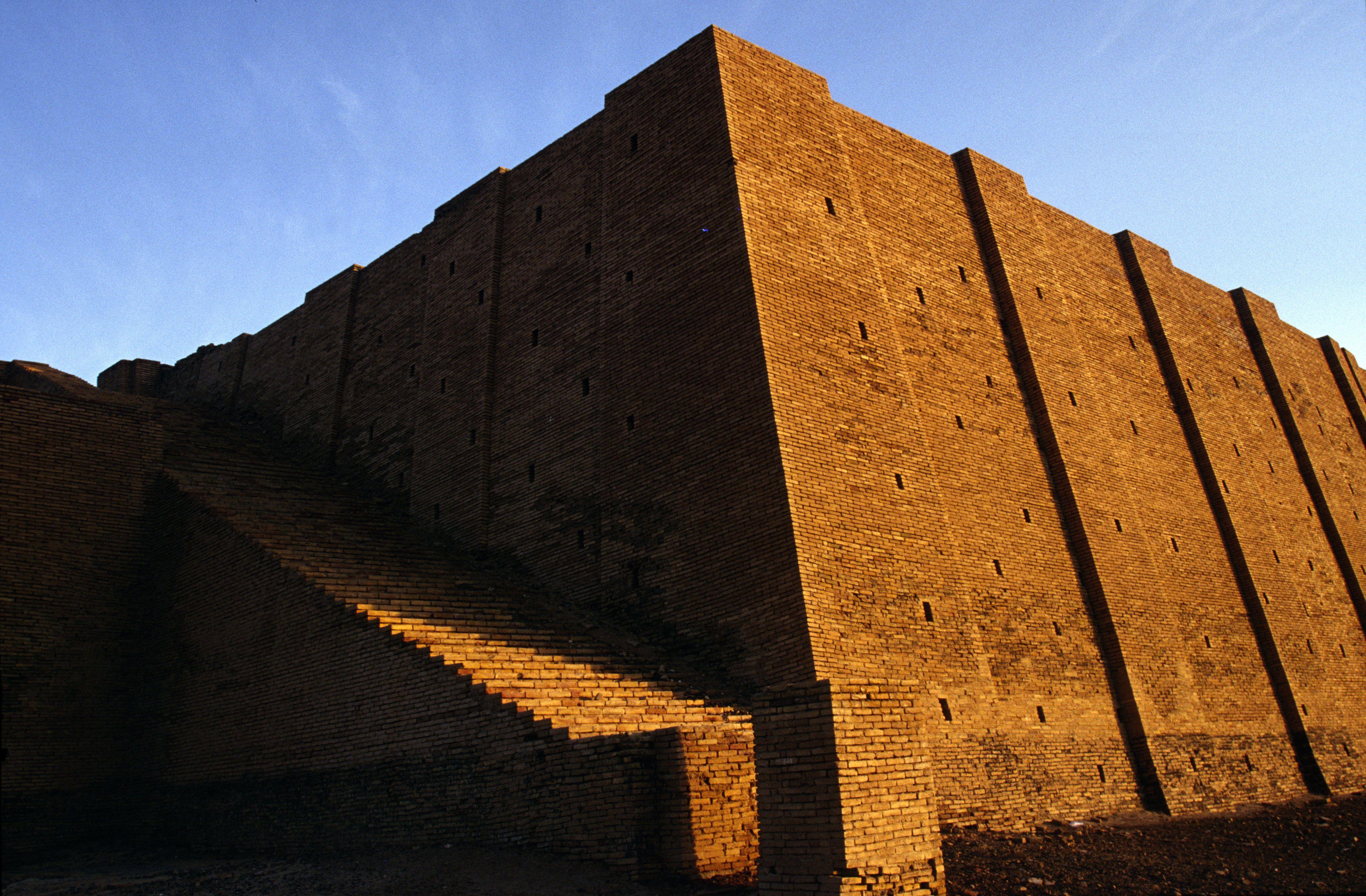 Iraq - Nasiriyah - A man walks past the Ziggurat at Ur