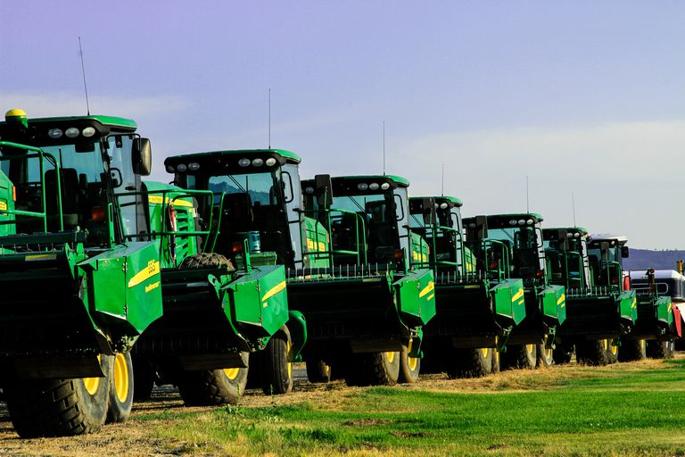 John Deere machine line up