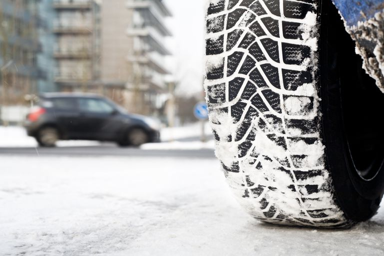 Snow tire, winter road conditions