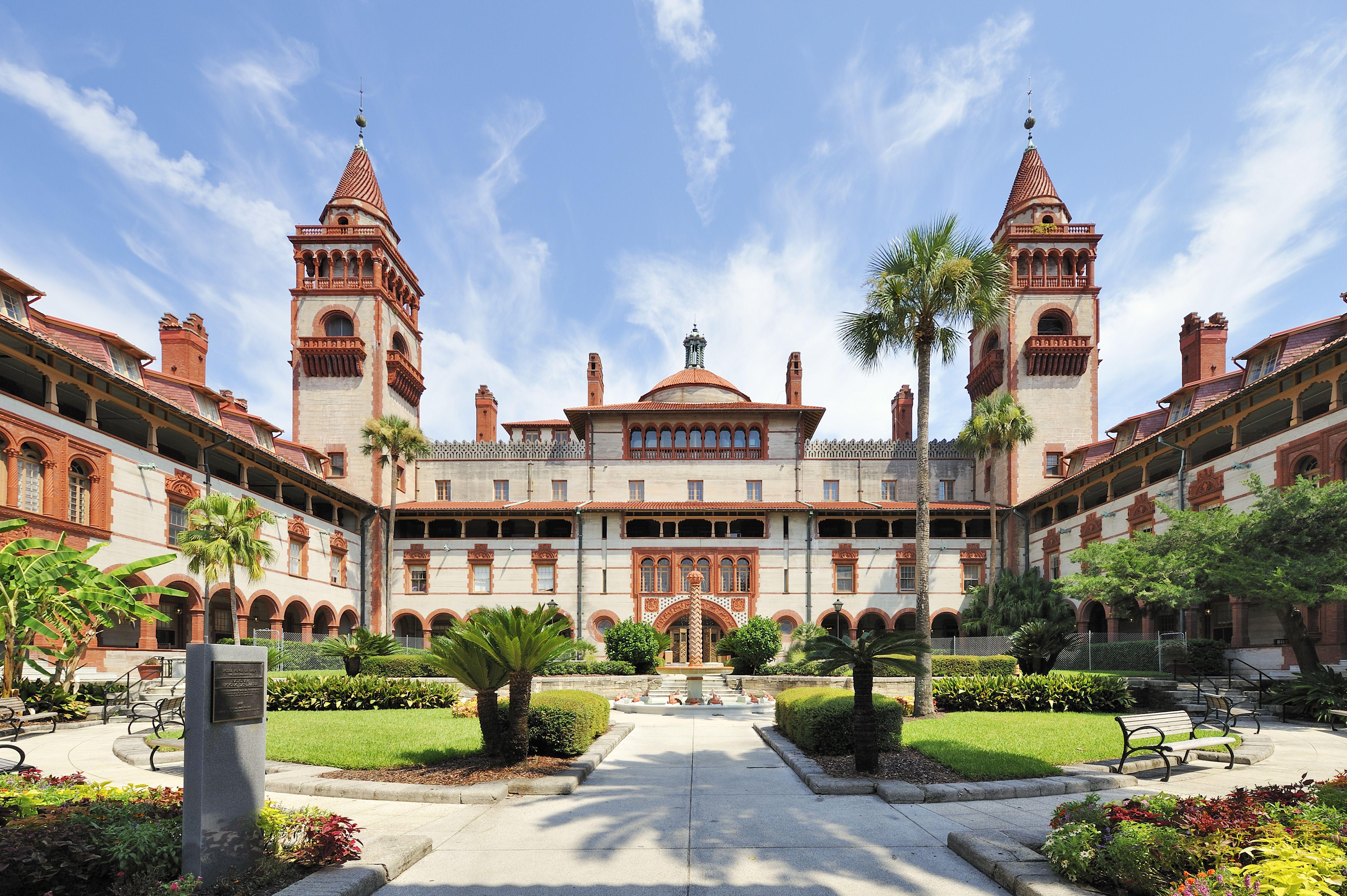 USA, Florida, St. Augustine, Ponce de Leon Hall of Flagler College