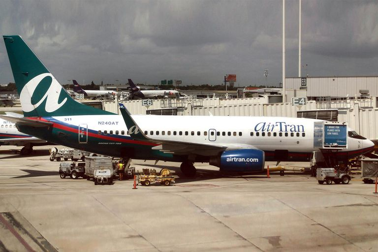 Southwest Acquires AirTran For $1.4 Billion