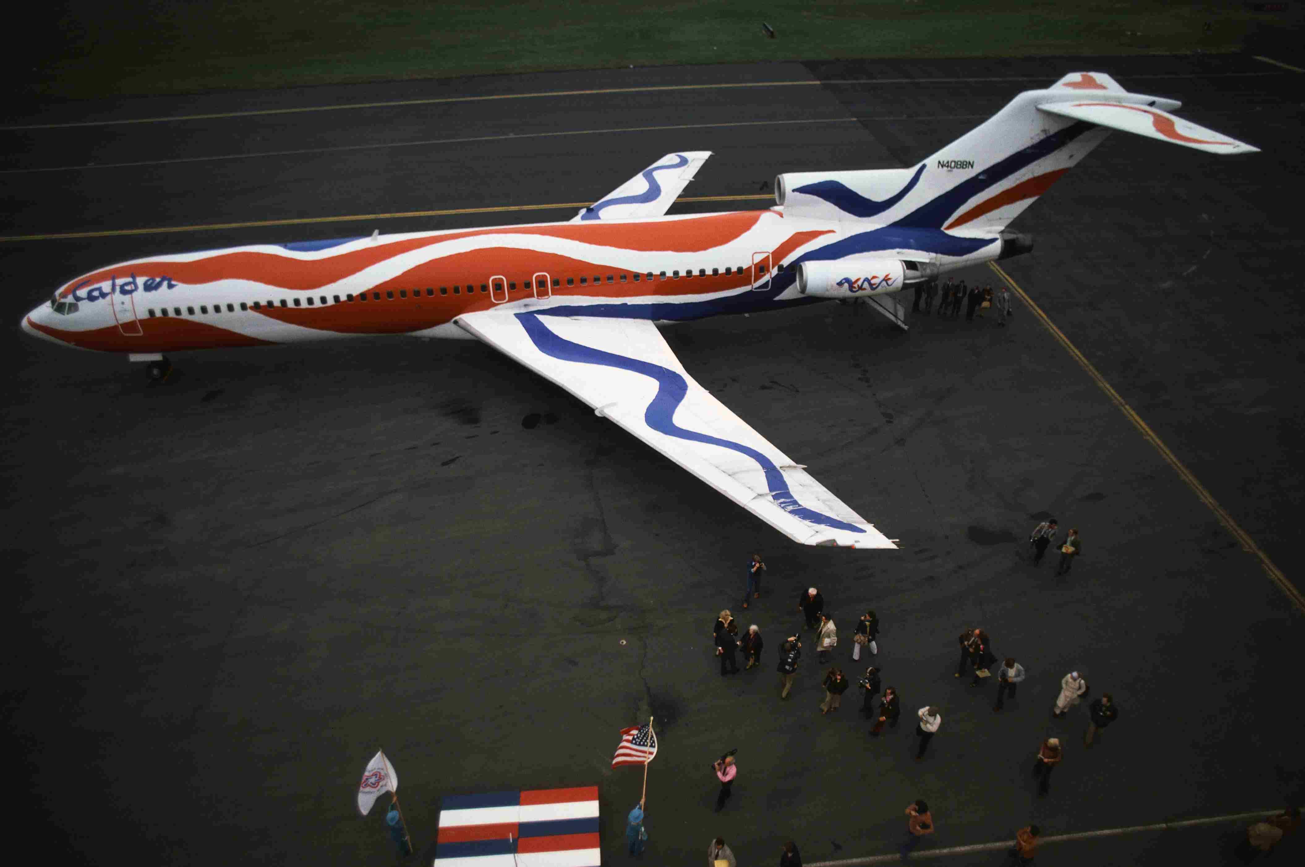 Alexander Calder painted airplane
