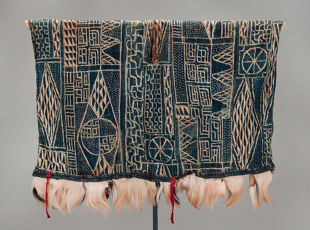 Robe by an unknown Cameroonian artist, mid 1900s