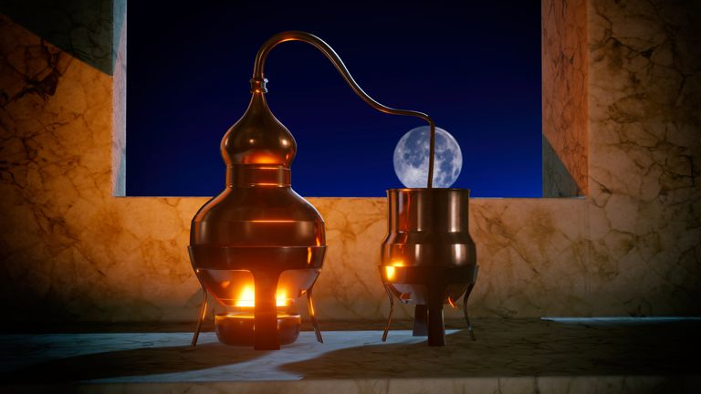 Copper alembic distiller