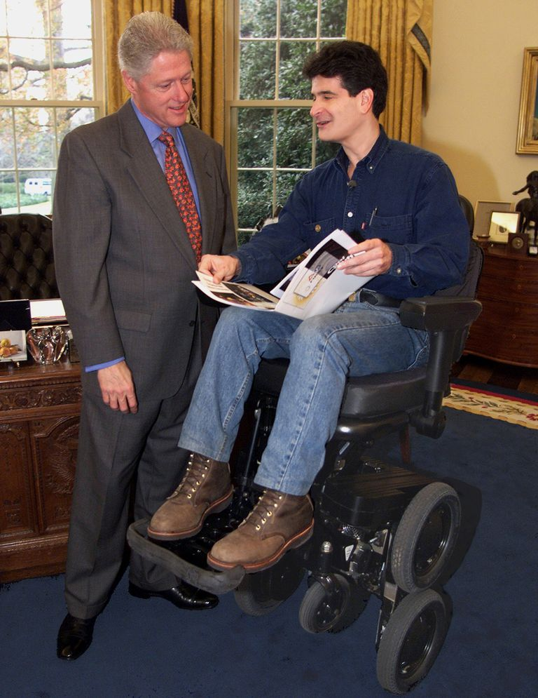 Dean Kamen meeting with President Bill Clinton