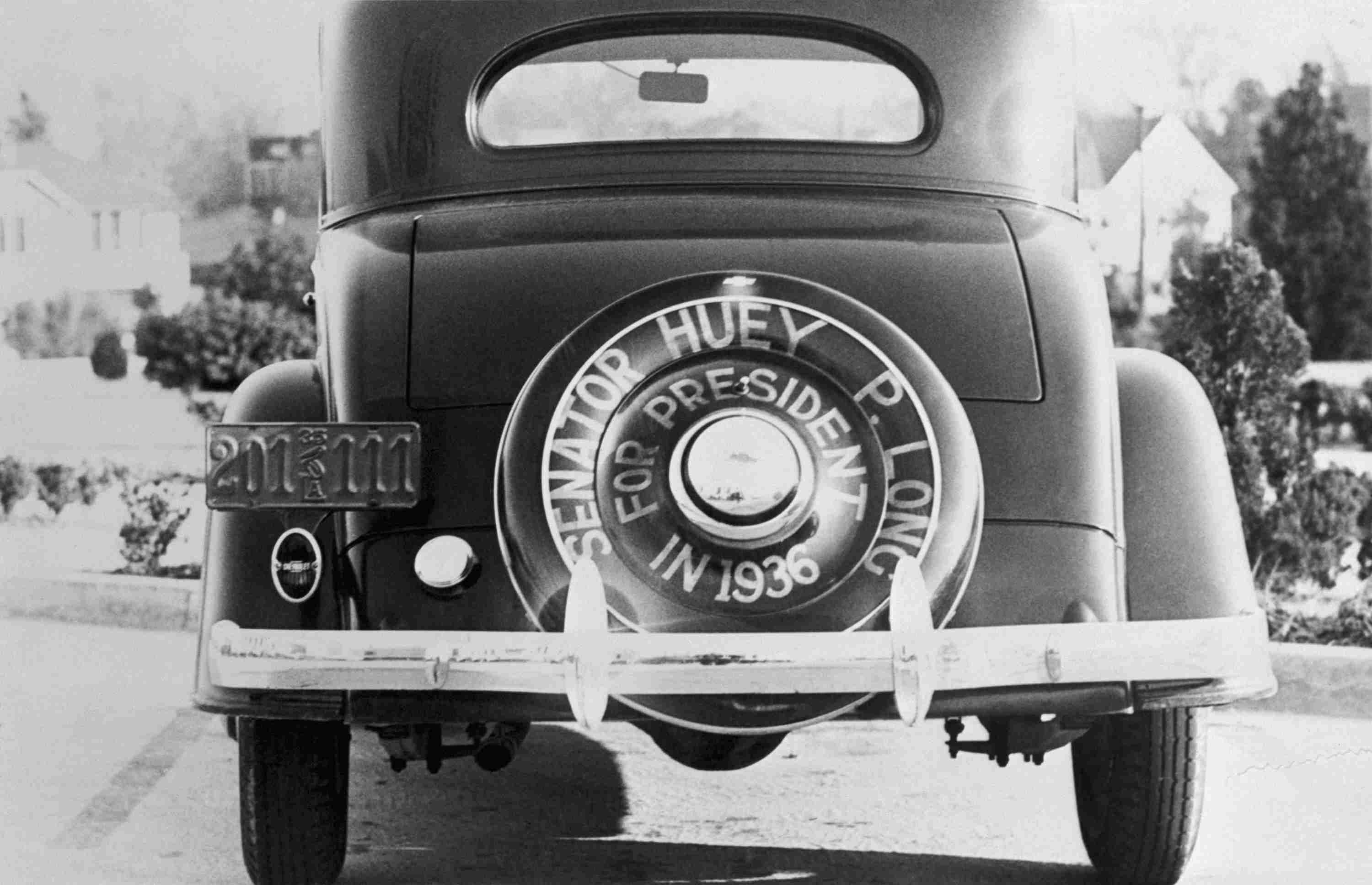 photo of car proclaiming Huey Long for President