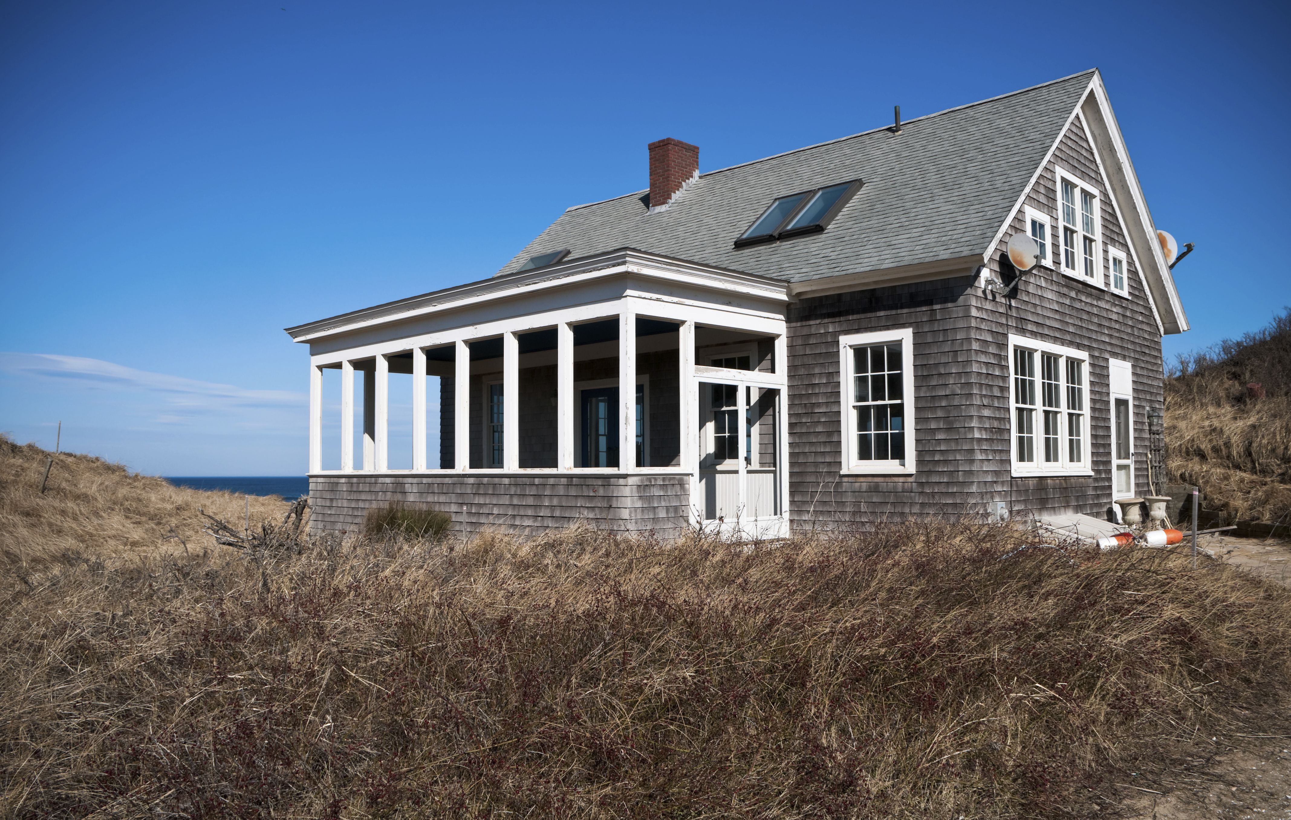 Amazing The Cape Cod House Style In Pictures And Text Download Free Architecture Designs Momecebritishbridgeorg