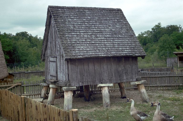 Reconstruction of a Celtic iron-age barn.