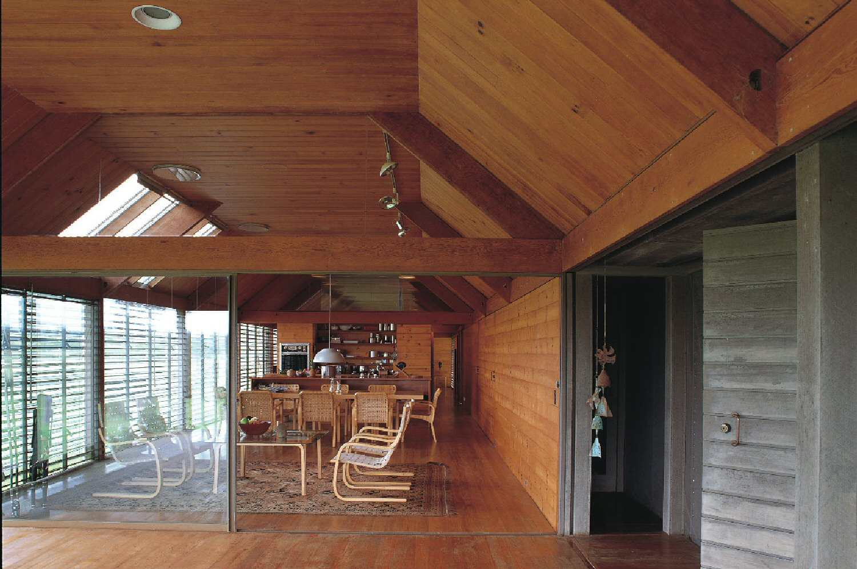 Inside the Marie Short House by Glenn Murcutt