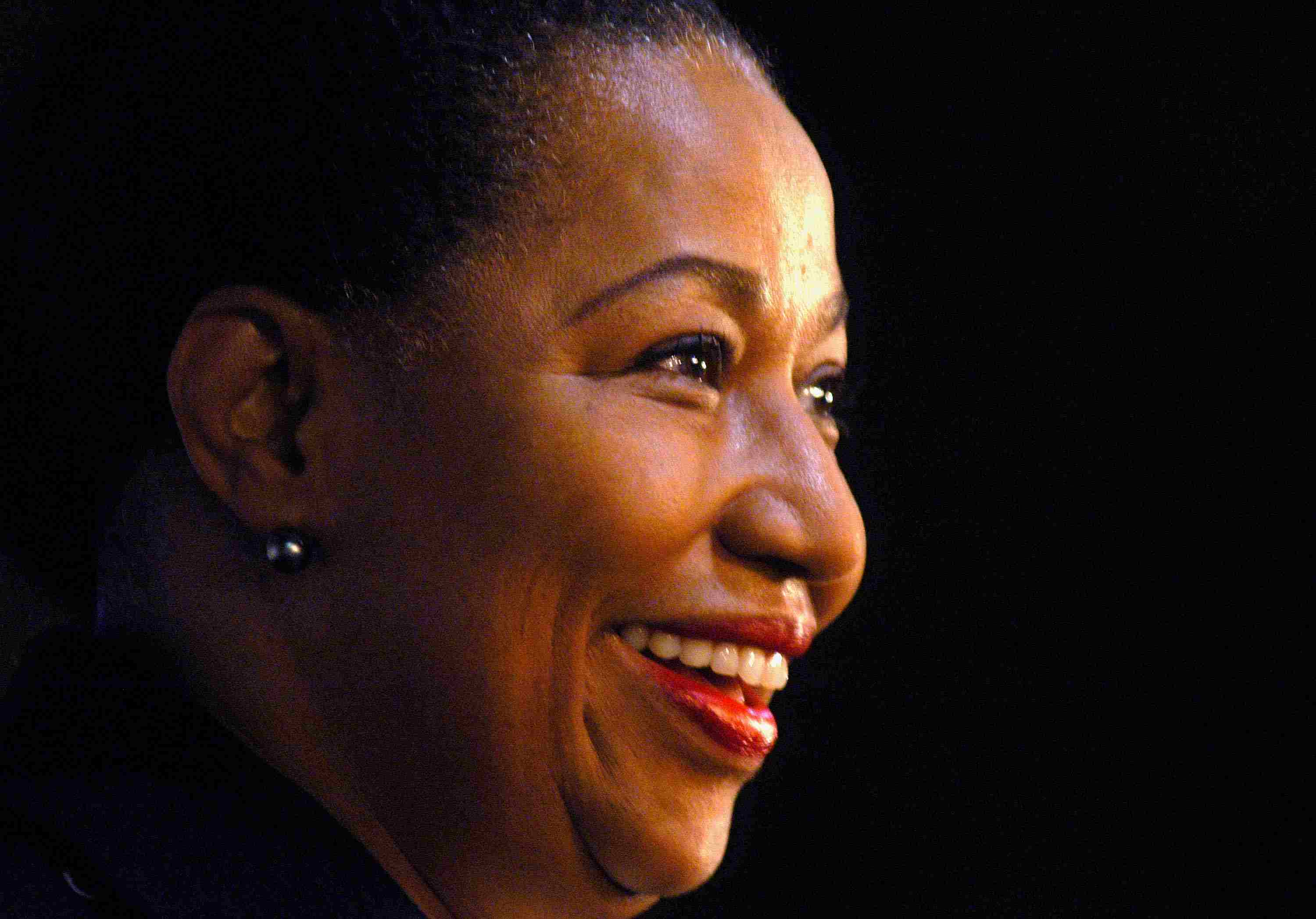 Moseley-Braun Campaigns in New Hampshire 2003