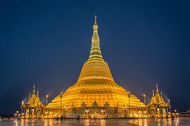 Uppatasanti Pagoda in Naypyidaw, Myanmar
