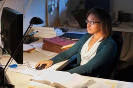 Getty Images/Jetta Productions photo of a woman using computer