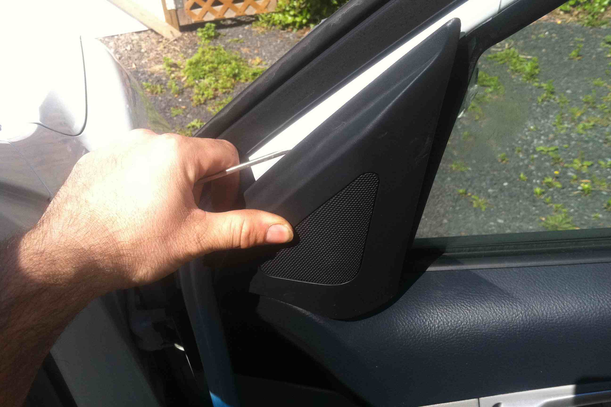 How To Replace A Side View Mirror