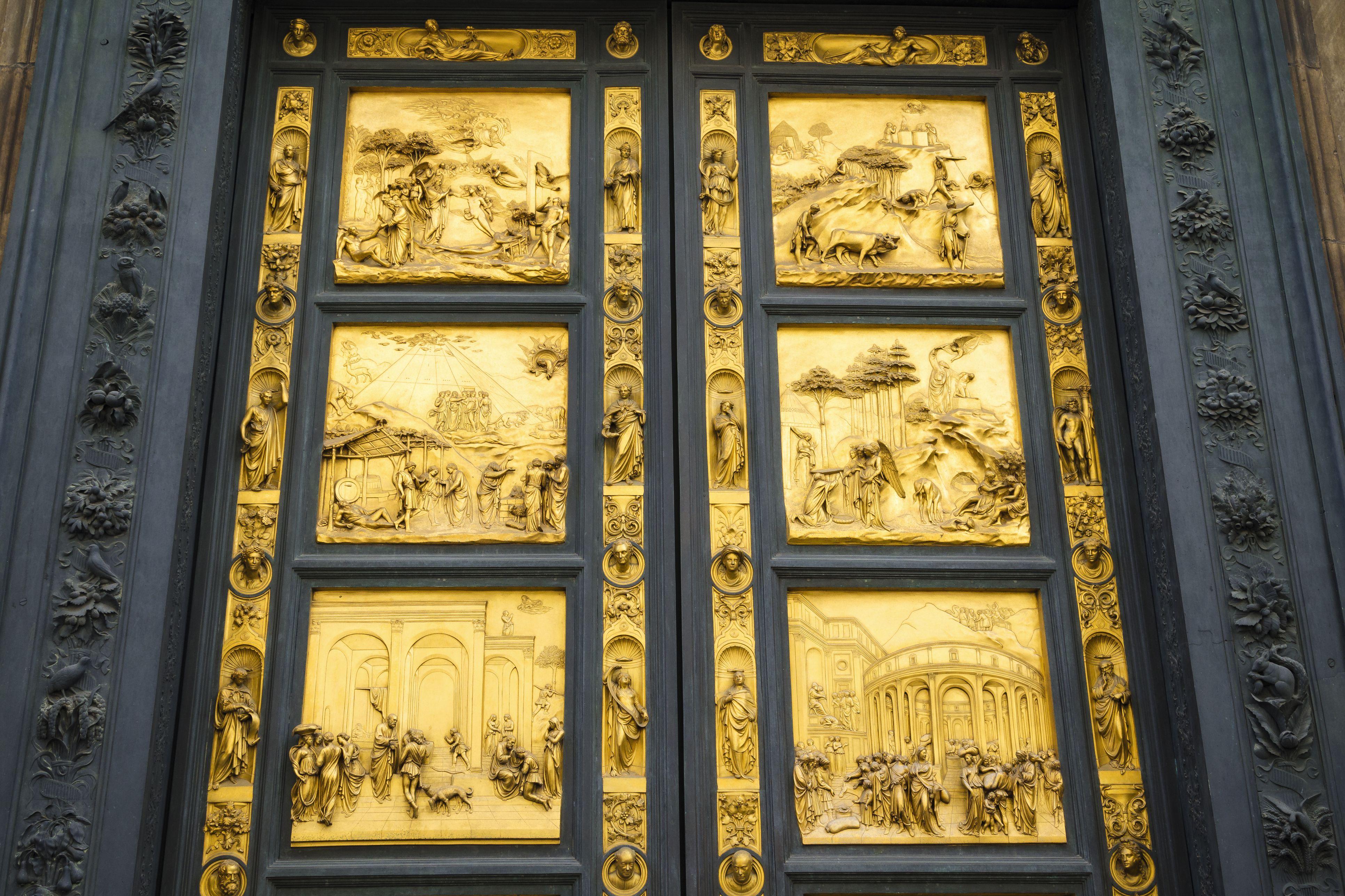 Gilded bronze Gates of Paradise at Baptistery of San Giovanni, Florence, Tuscany, Italy